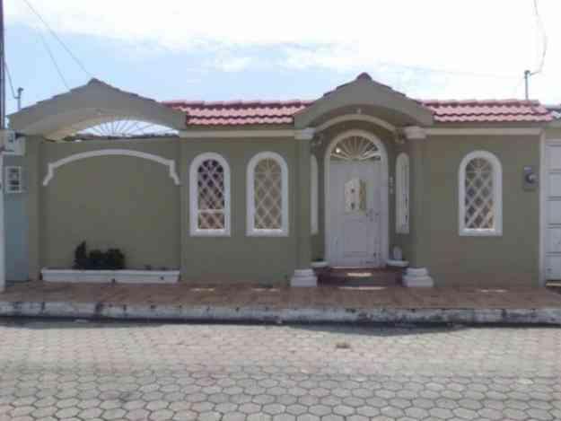 Samanes 6 Hermosa Villa Buen Precio Guayaquil