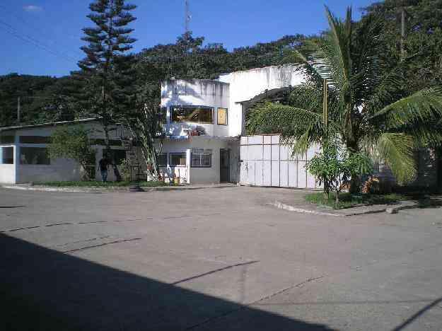 Local Industrial en Venta. 6048 m2. Terreno Comercial con Edificacion y Galpon. Urbarosa S. A..