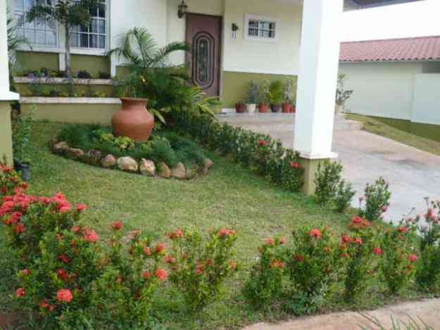 Servicio dise o de jardin patios estanques guayaquil for Modelos de estanques