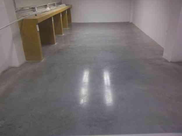 Pulido y cristalizado de piso en concreto brillo tipo for Piso cemento pulido
