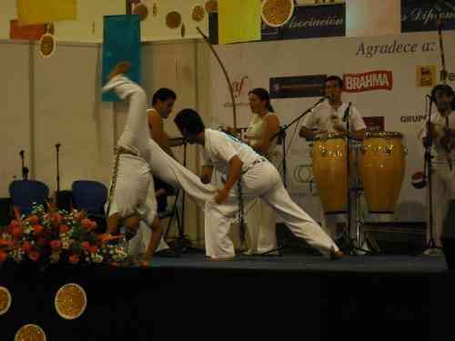 Clases de Danza Árabe por maestra especializada en el exterior.