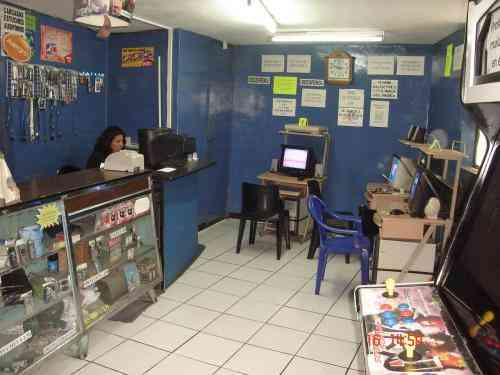 DE OFERTA CABINAS TELEFONICAS+CYBER INTEENET+SALA VIDEOJUEGOS  Quito