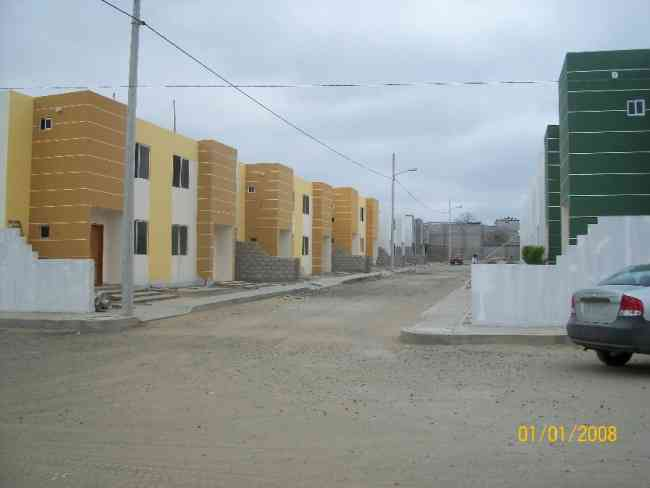 Casa en urbanización privada con servicios básicos, lista para estrenar!