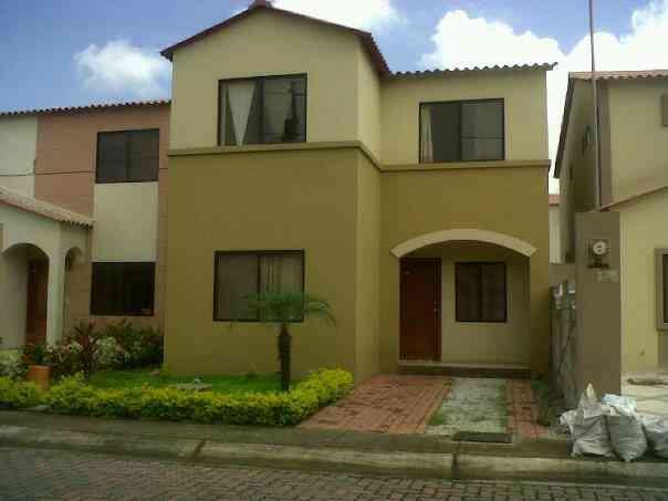 De oportunidad vendo casa villa club etapa doral daule for Modelo de casas villa club