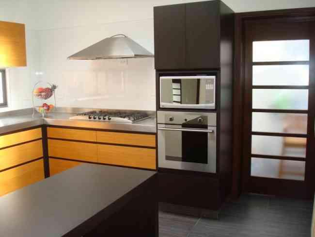 Muebles de cocina closets ba os estudios for Muebles de cocina quito ecuador