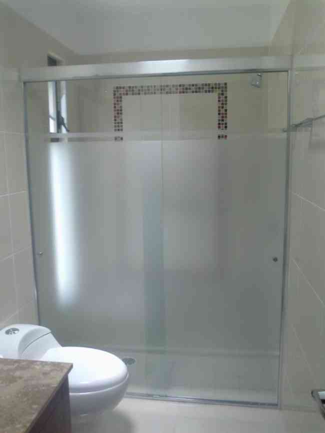 Puertas De Baño Templadas:puertas de baño de vidrio templado, ventanas, espejos, repisas de