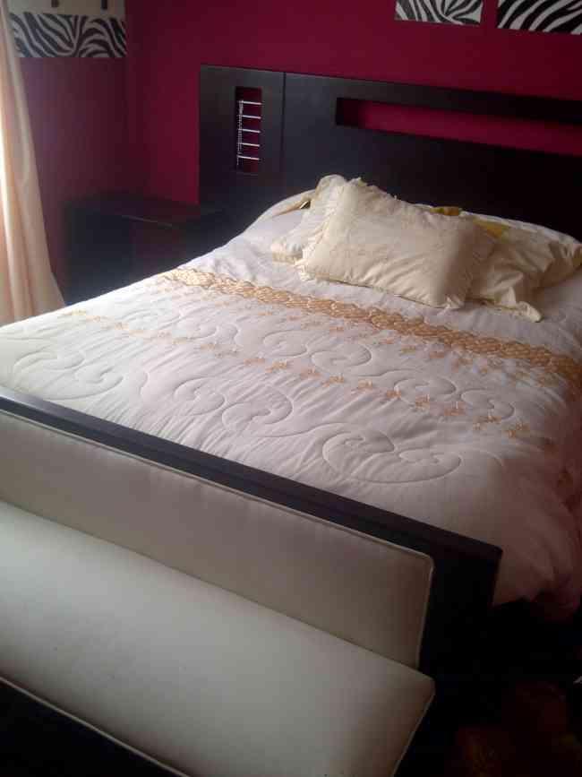 Hermoso juego de cama Colineal  Quito  Hogar  Jardin  Muebles