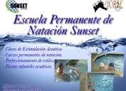 Clases de natación en el verano