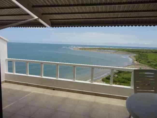 Hermoso Apartamento Frente al Mar..amueblado!