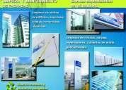 Limpieza profesional de fachadas de alucobond y vidrio